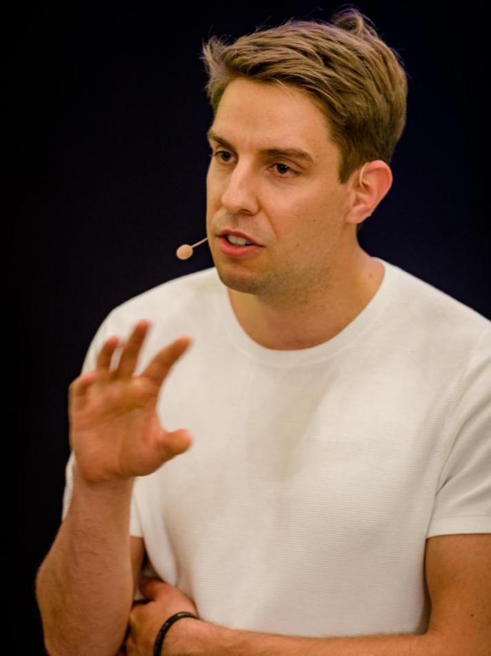 Sebastian Decker - Silent Speaker Battle Rede